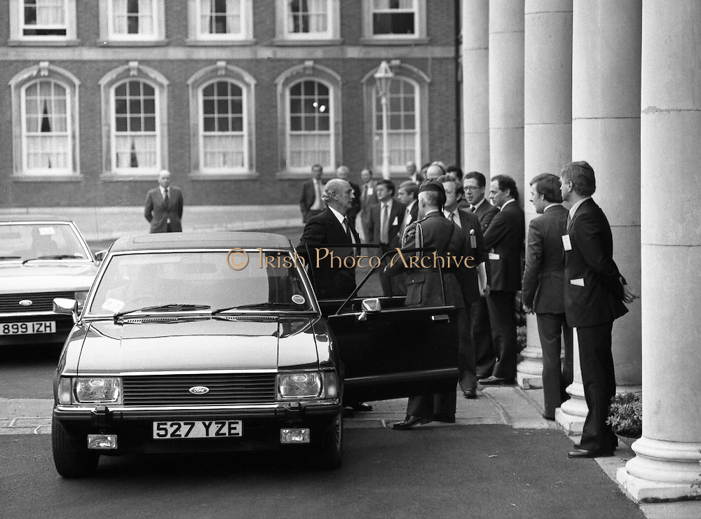 EEC Leaders Meet At Dublin Castle.   (N4)..1979..29.11.1979..11.29.1979..29th November 1979..At Dublin Castle the leaders of the countries within the EEC held a summit conference to discuss issues which would affect the EEC over the forthcoming years..Image shows the arrival of An Taoiseach, Mr Jack Lynch TD, at the conference venue,Dublin Castle.