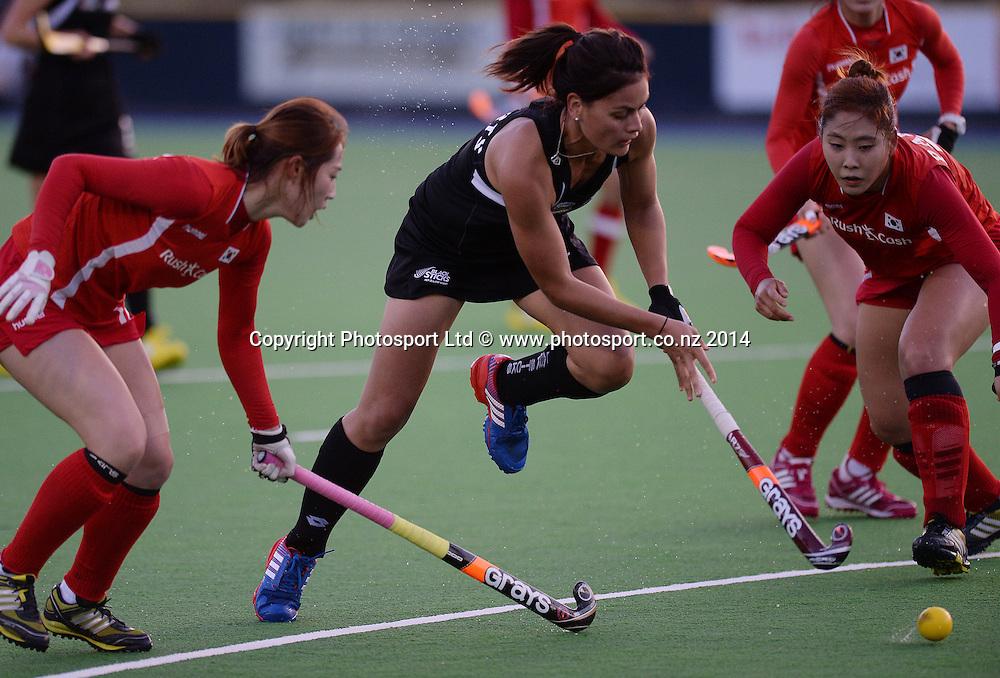 Aniwaka Roberts on the attack. International Womens Hockey. New Zealand Black Sticks v Korea. Auckland. New Zealand. Friday 28 March 2014. Photo: Andrew Cornaga / www.photosport.co.nz