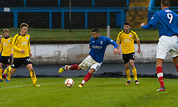 Cowdenbeath's Kane Hemmings scoring their second goal..half time : Falkirk v Cowdenbeath, 9/2/2013..©Michael Schofield.