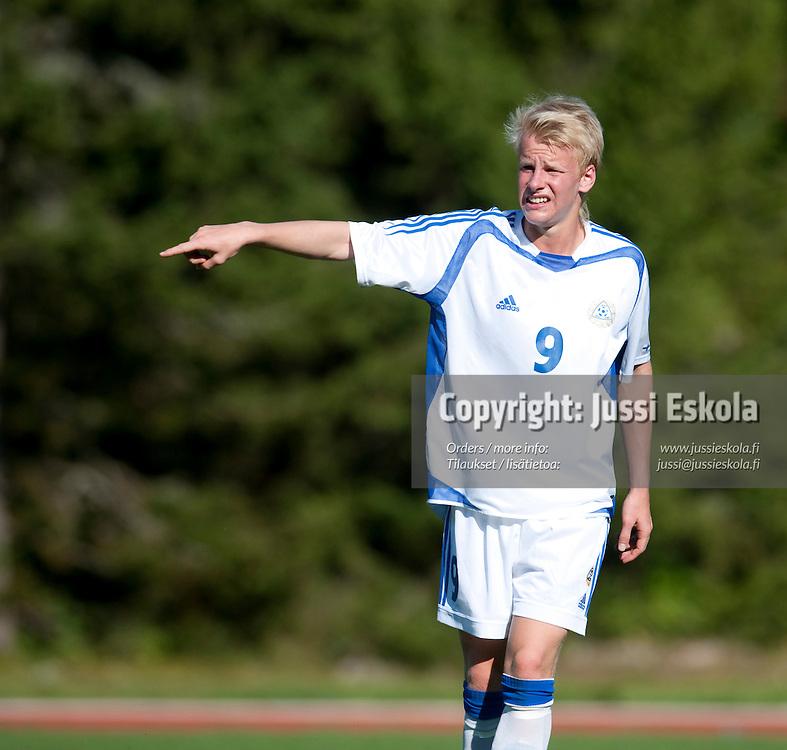 Miro Olsoni. Suomi - Turkki. Alle 18-vuotiaiden maaottelu. U18 (s. 1992-). Eerikkilä 6.8.2009. Photo: Jussi Eskola
