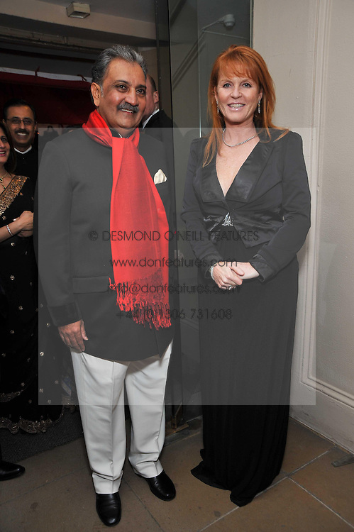 The MAHARAJA GAJ SINGH I I OF MARWAR- JODHPUR and SARAH, DUCHESS OF YORK at the Royal Rajasthan Gala 2009 benefiting the Indian Head Injury Foundation held at The Banqueting House, Whitehall, London on 9th November 2009.