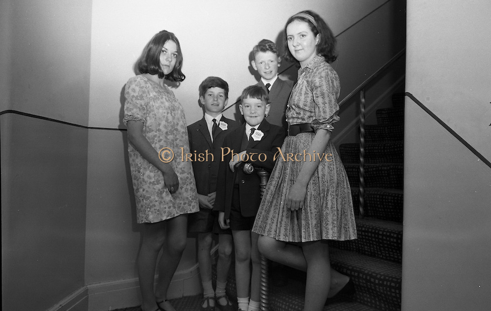 Children at Butlins Mosney Holiday Camp, Co. Meath. Mosney was the first Butlins opned outside the U.K.<br /> 04.06.1968