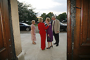 LADY NOTT AND BARONESS THATCHER, Fund for Refugees in Slovenia Gala Dinner, The Great Hall. Royal Hospital. Chelsea. 12 June 2006. ONE TIME USE ONLY - DO NOT ARCHIVE  © Copyright Photograph by Dafydd Jones 66 Stockwell Park Rd. London SW9 0DA Tel 020 7733 0108 www.dafjones.com