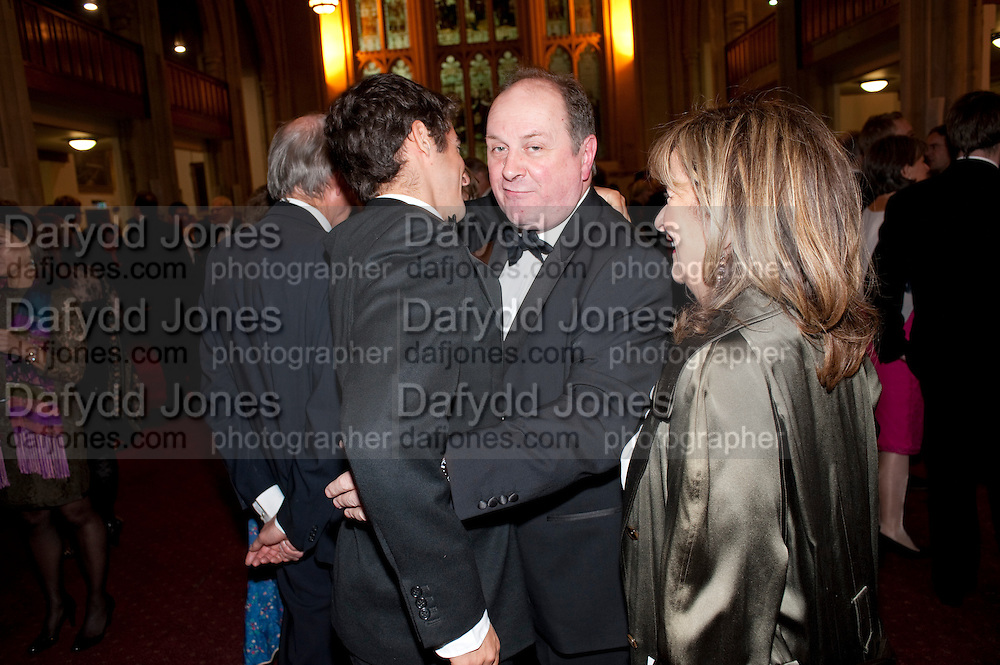 HELENA KENNEDY'S SON; JAMES NAUGHTIE; BARONESS HELENA KENNEDY, Man Booker prize 2011. Guildhall. London. 18 October 2011. <br /> <br />  , -DO NOT ARCHIVE-&copy; Copyright Photograph by Dafydd Jones. 248 Clapham Rd. London SW9 0PZ. Tel 0207 820 0771. www.dafjones.com.