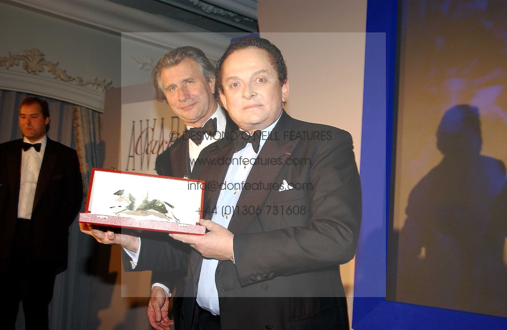 Left to right, MR ARNAUD BAMBERGER and MR ALEC WILDENSTEIN at the 2004 Cartier Racing Awards in association with the Daily Telegraph, held at the Four Seasons Hotel, London on 17th November 2004.<br /><br />NON EXCLUSIVE - WORLD RIGHTS