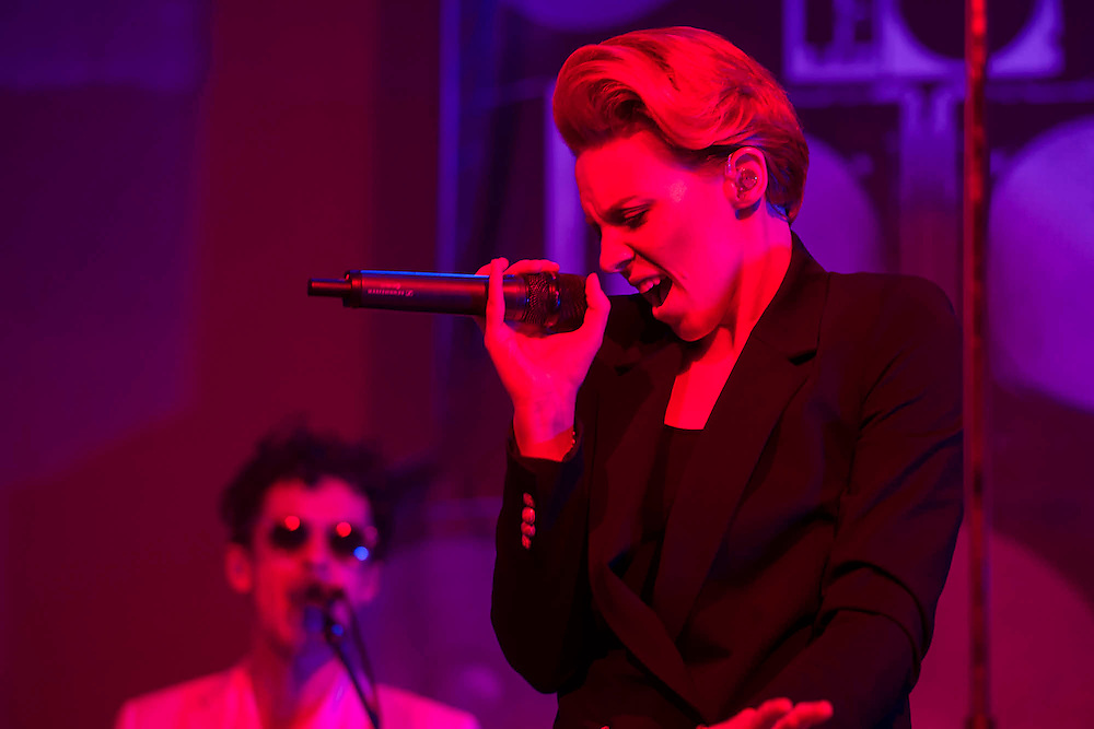 La Roux plays the John Peel Tent. The 2015 Glastonbury Festival, Worthy Farm, Glastonbury.