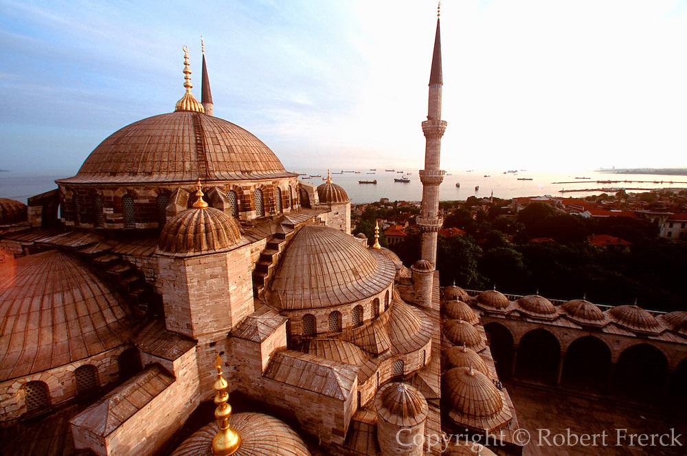 TURKEY, ISTANBUL, SKYLINE Blue Mosque and Sea of Marmara