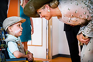 UTRECHT - Koningin Maxima tijdens de opening van het Prinses Maxima Centrum voor Kinderoncologie. <br /> 5-6-2018 UTRECHT - Queen Maxima will officially open the Princess M&aacute;xima Center for Pediatric Oncology in Utrecht on Tuesday June 5, 2018.<br /> Together with patients, Queen M&aacute;xima opens the new building of the Princess M&aacute;xima Center. After the opening a program follows with speeches and music and she is given a tour of the building. In the center all care and research for children with cancer is concentrated. The building has special facilities for children and parents, such as parent-child rooms where parents and children can be close to each other day and night and at the same time both have their own space with facilities. Since 2014, the Princess M&aacute;xima Center has provided care to children with certain forms of cancer and since 2016 the center carries out its own research.ROBIN UTRECHT