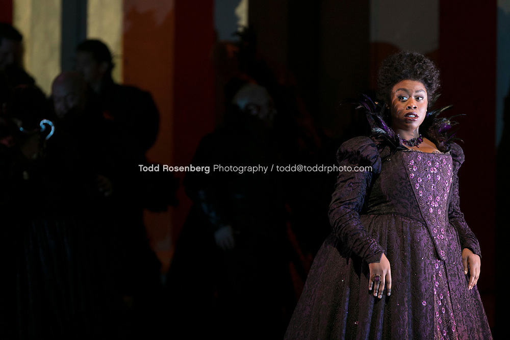 10/4/17 1:07:18 PM -- Lyric Opera Chicago Presents <br /> Giuseppe Verdi's Rigoletto <br /> <br /> &copy; Todd Rosenberg Photography 2017