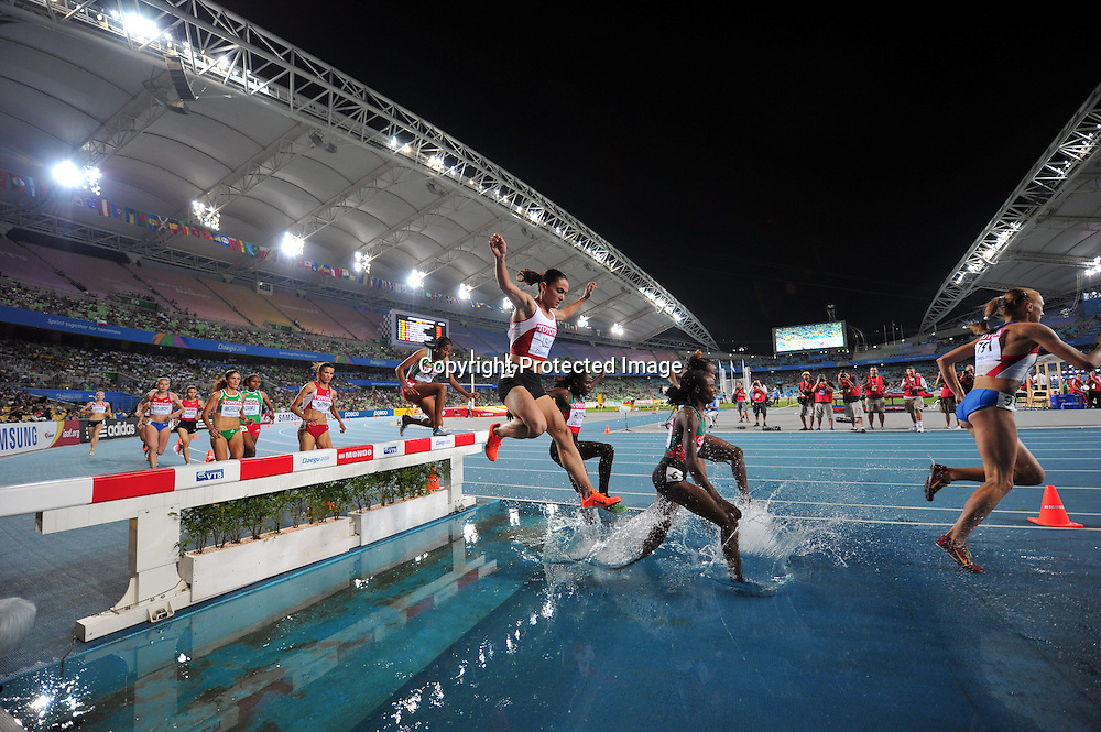 The ambiance shot, AUGUST 30, 2011 - Athletics :The 13th IAAF World Championships in Athletics - Daegu 2011, Women's 3000m Steeplechase Final at the Daegu Stadium, Daegu, South Korea. (Photo by Jun Tsukida/AFLO SPORT) [0003]