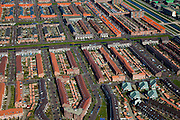 Nederland, Den Haag, Ypenburg, 18-03-2009; Vinex lokatie op de plaats van het gelijknamige voormalig vliegveld, door makelaars aangeduid als 'Buitenplaats' Ypenburg', de wijk Singels. New housing estates under construction in the middle of a former military airport..Swart collectie, luchtfoto (toeslag); Swart Collection, aerial photo (additional fee required); .foto Siebe Swart / photo Siebe Swart
