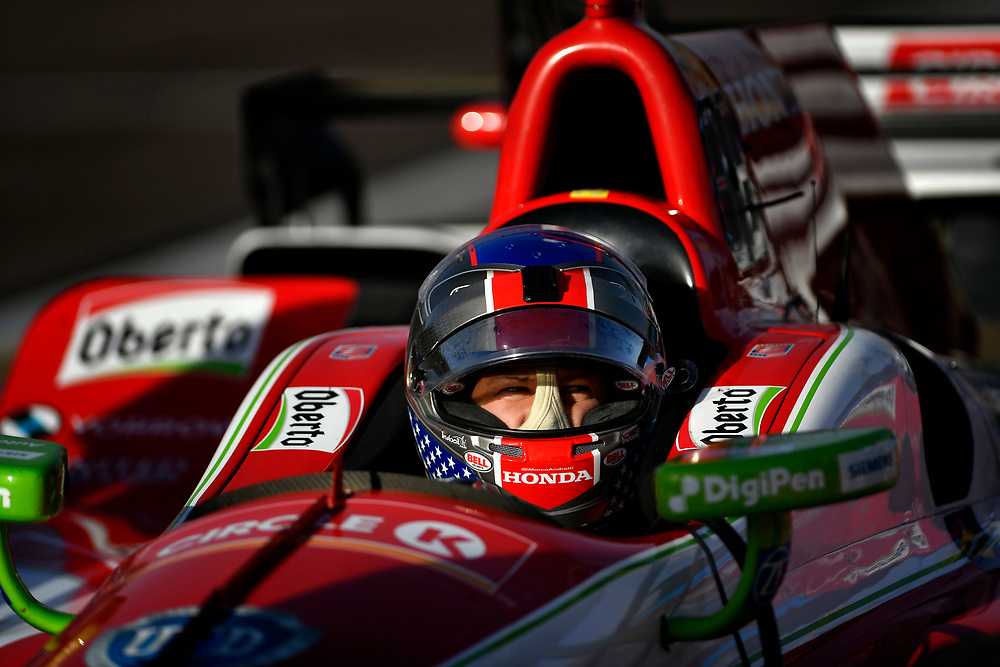 Verizon IndyCar Series<br /> Desert Diamond West Valley Phoenix Grand Prix<br /> Phoenix Raceway, Avondale, AZ USA<br /> Friday 28 April 2017<br /> Marco Andretti, Andretti Autosport with Lendium Honda<br /> World Copyright: Scott R LePage<br /> LAT Images<br /> ref: Digital Image lepage-170428-phx-577
