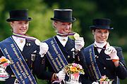 Prijsuitreiking Young Riders<br /> European Championship Young Riders 2010<br /> © Hippo Foto - Leanjo de Koster