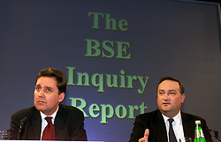 Left to right: Alan Milburn, Nick Brown, for the Human BSE Foundation, during the BSE Inquiry, family press conference, August 26, 2000. Photo by Andrew Parsons/i-Images..