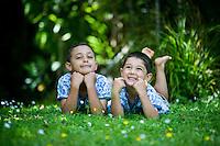 family photography portraits for rekha and damian whitianga kuaotunu coromandel photos by felicity jean photography