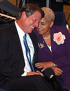 PHILADELPHIA - NOVEMBER 2: Former U.S. Vice President Al Gore (L), shares a laugh with Atlanta Mayor Shirley Franklin during a rally in support of Democratic Philadelphia Mayor John F. Street November 2, 2003 in Philadelphia, Pennsylvania. According to recent polls, Street has been helped by the FBI's probe into corruption in Philadelphia government. Street faces Republican Sam Katz in the Nov. 4th Mayoral election. (Photo by William Thomas Cain/Getty Images)