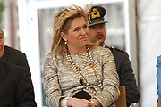 Princess M&aacute;xima is present at the distribution of a predikaat ' school without racism ' at ' s hertogenbosch. Her royal highness princess M&aacute;xima of the The Netherlands is Thursday morning 19 May 2005 on King Willem I college in ' s hertogenbosch to present  the distribution of the predikaat ' school without racism '. The predikaat is distributed this year for the eleventh time to the college. <br /> <br /> <br /> <br /> Prinses M&aacute;xima bij uitreiking predikaat 'School Zonder Racisme' te &rsquo;s-Hertogenbosch <br /> <br />   <br /> <br /> Hare Koninklijke Hoogheid Prinses M&aacute;xima der Nederlanden is donderdagochtend 19 mei 2005 op het Koning Willem I College in 's-Hertogenbosch aanwezig bij de uitreiking van het predikaat 'School Zonder Racisme'. Het predikaat wordt dit jaar voor de elfde keer aan het college uitgereikt.