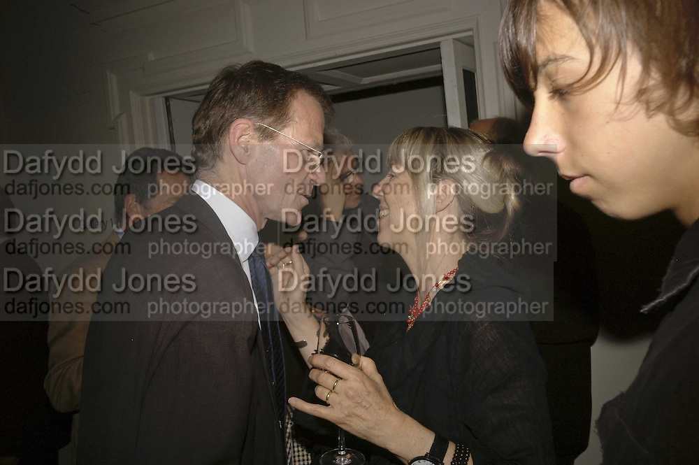 Sir Nicholas Serota and Kira Viola, VIP opening of Bill Viola exhibition Love/Death: The Tristan project. Haunch of Venison, St Olave's College, Tooley St. London and Dinner afterwards at Banqueting House. Whitehall. 19 June 2006. ONE TIME USE ONLY - DO NOT ARCHIVE  © Copyright Photograph by Dafydd Jones 66 Stockwell Park Rd. London SW9 0DA Tel 020 7733 0108 www.dafjones.com