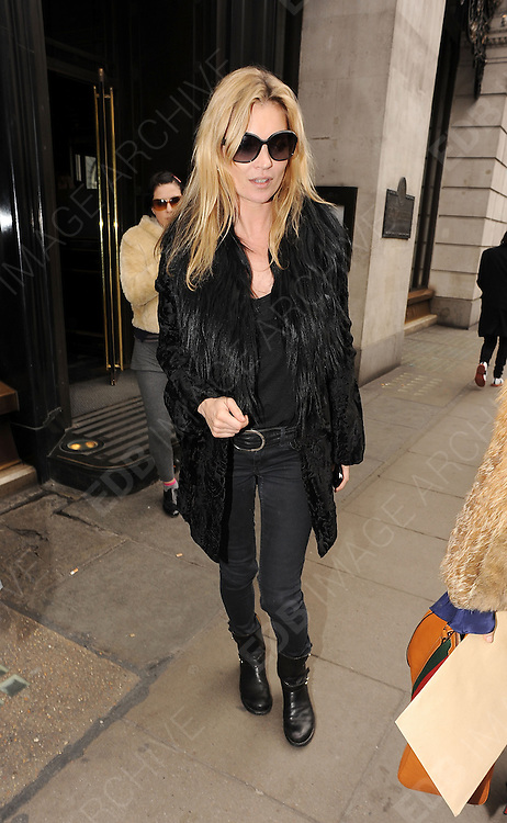 11.MARCH.2011. LONDON<br /> <br /> KATE MOSS AND SADIE FROST LEAVING THE WOLSELEY RESTAURANT IN PICCADILY, LONDON<br /> <br /> BYLINE: EDBIMAGEARCHIVE.COM<br /> <br /> *THIS IMAGE IS STRICTLY FOR UK NEWSPAPERS AND MAGAZINES ONLY*<br /> *FOR WORLD WIDE SALES AND WEB USE PLEASE CONTACT EDBIMAGEARCHIVE - 0208 954 5968*
