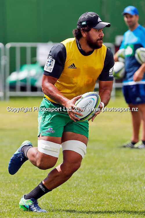 Steven Luatua, Blues Super Rugby pre-season training session, Alexandra Park, Auckland. 2 February 2017. Copyright Image: William Booth / www.photosport.nz