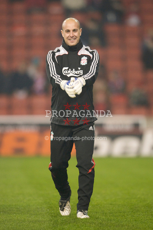 STOKE-ON-TRENT, ENGLAND - Saturday, January 10, 2009: Liverpool's goalkeeper Pepe Reina returns to the starting lineup against Stoke City during the Premiership match at the Britannia Stadium. (Photo by David Rawcliffe/Propaganda)