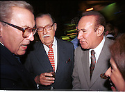Sir David Frost, Alan Whicker and Andrew Neil. Tatler restaurant guide party. The Collection/. 9 september 1998. © Copyright Photograph by Dafydd Jones 66 Stockwell Park Rd. London SW9 0DA Tel 020 7733 0108 www.dafjones.com