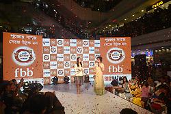 August 26, 2017 - Kolkata, West Bengal, India - Indian Film Actress Yami Gautam unveils FBB Big Bazaar Pujo collection at Lake Mall Big Bazaar store on August 26, 2017 in Kolkata. (Credit Image: © Saikat Paul/Pacific Press via ZUMA Wire)