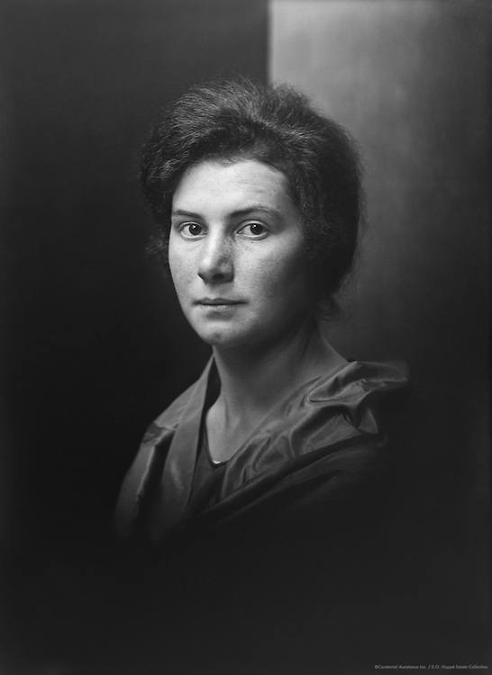 Ishbel MacDonald, 1924