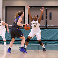 1st year guard Kyia Giles (6) of the Regina Cougars in action during the Women's Basketball Preseason game on October 6 at Centre for Kinesiology, Health and Sport. Credit: Arthur Ward/Arthur Images