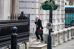 © Licensed to London News Pictures. 07/02/2018. London, UK. Secretary of State for Exiting the European Union David Davis arrives on Downing Street ahead of a meeting of the Brexit War Cabinet. Photo credit: Rob Pinney/LNP
