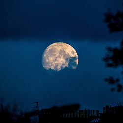 Moon over Edinburgh 5/11/2014