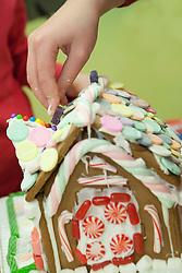 Washington, Bellevue, creation of gingerbread house