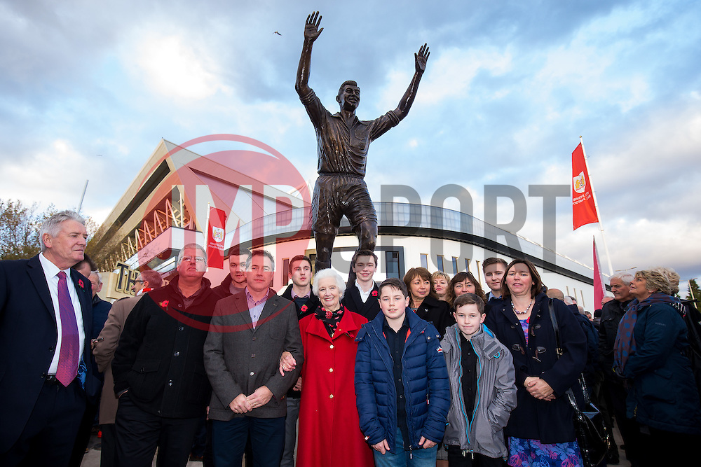 Marina Dolman and John Atyeos family gather as a statue of Bristol City legend John Atyeo is unveiled at the redeveloped Ashton Gate - Rogan Thomson/JMP - 05/11/2016 - FOOTBALL - Ashton Gate Stadium - Bristol, England - Bristol City v Brighton & Hove Albion - Sky Bet Championship.