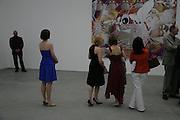 Jeff Koons: Hulk Elvis. private view. Gagosian Gallery. 18 1une 2007.  -DO NOT ARCHIVE-© Copyright Photograph by Dafydd Jones. 248 Clapham Rd. London SW9 0PZ. Tel 0207 820 0771. www.dafjones.com.