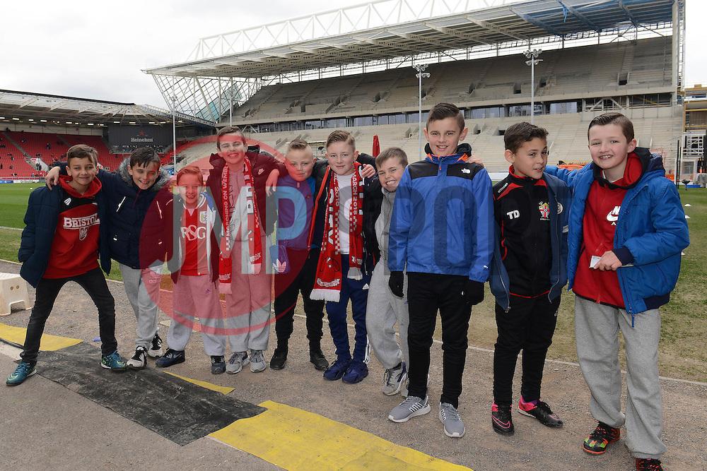 Birthday party - Mandatory byline: Dougie Allward/JMP - 19/03/2016 - FOOTBALL - Ashton Gate - Bristol, England - Bristol City v Bolton Wanderers - Sky Bet Championship