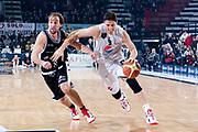 DESCRIZIONE : Caserta Lega A 2011-12 Pepsi Caserta Canadian Solar Virtus Bologna<br /> GIOCATORE : Alex Righetti<br /> SQUADRA : Pepsi Caserta<br /> EVENTO : Campionato Lega A 2011-2012<br /> GARA : Pepsi Caserta Canadian Solar Virtus Bologna<br /> DATA : 30/12/2011<br /> CATEGORIA : palleggio penetrazione<br /> SPORT : Pallacanestro<br /> AUTORE : Agenzia Ciamillo-Castoria/A.De Lise<br /> Galleria : Lega Basket A 2011-2012<br /> Fotonotizia : Caserta Lega A 2011-12 Pepsi Caserta Canadian Solar Virtus Bologna<br /> Predefinita :