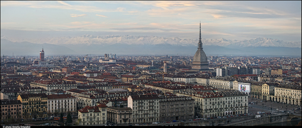Torino. Panorama della città dal monte dei cappuccini. Turin. Skyline of the city from the Mount of the Capuchins.