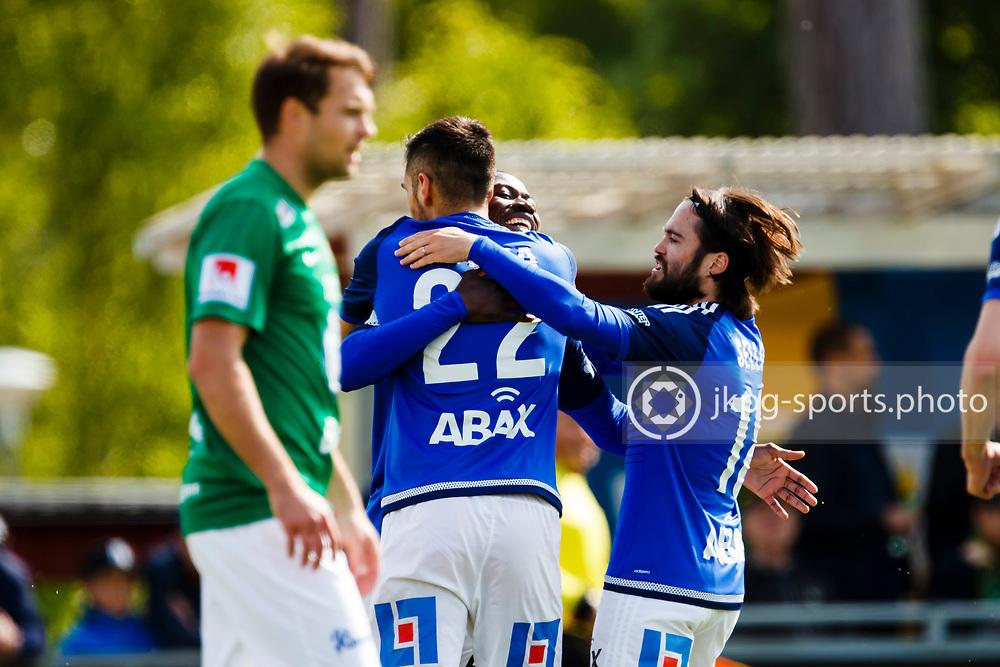 160528 Fotboll, Allsvenskan, J&ouml;nk&ouml;ping - Sundsvall<br /> M&aring;lskytten (22) Stefan Silva, GIF Sundsvall jublar efter att ha gjort m&aring;l 0-1, tillsammans med lagkamraterna (14) Pa Amat  Dibba och (18) Robbin Sellin samtidigt som (3) Tom Siwe, J&ouml;nk&ouml;pings S&ouml;dra IF deppar.<br /> &copy; Daniel Malmberg/Jkpg Sports Photo