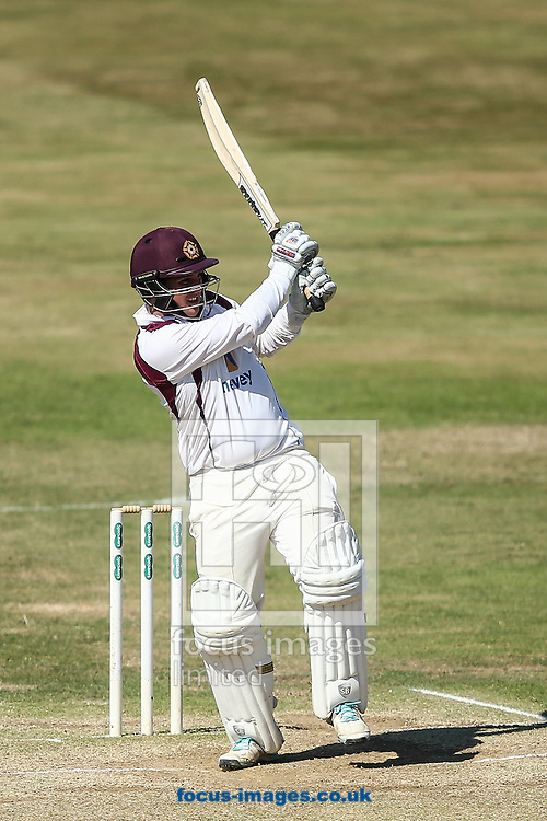 Rob Newton of Northamptonshire CCC batting during the Specsavers County C'ship Div Two match at the County Ground, Northampton<br /> Picture by Andy Kearns/Focus Images Ltd 0781 864 4264<br /> 15/08/2016