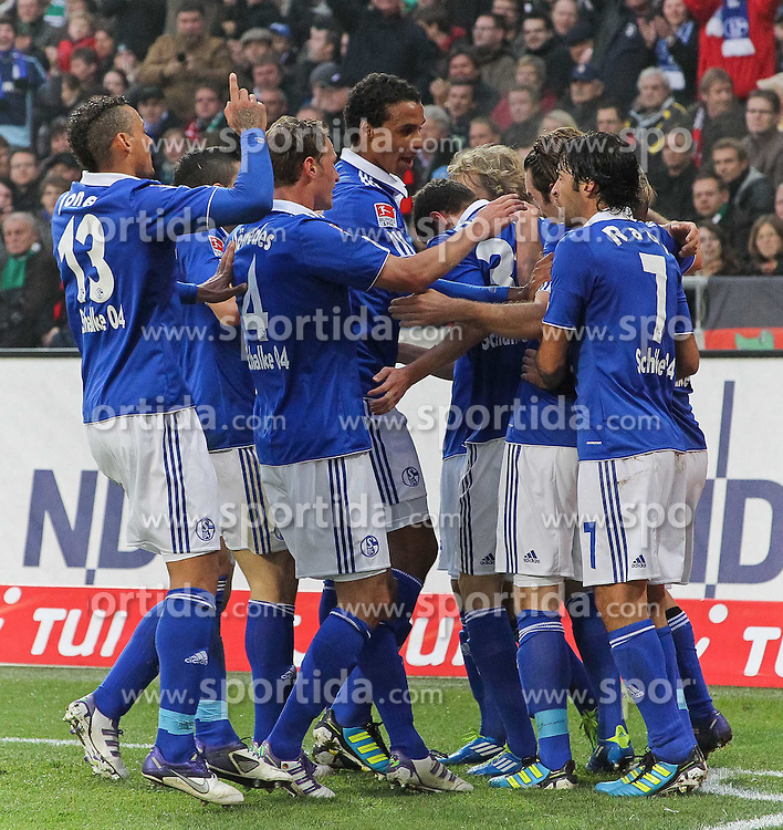 06.11.2011, AWD-Arena, Hannover, GER, 1.FBL, Hannover 96 vs FC Schalke 04, im Bild  .JUbel in  der 26. Minute durch das erste Tor von Pukki zum 1 zu 0.// during the match from GER, 1.FBL, Hannover 96 vs  FC Schalke 04 on 2011/11/06, AWD-Arena, Hannover, Germany. .EXPA Pictures © 2011, PhotoCredit: EXPA/ nph/  Rust       ****** out of GER / CRO  / BEL ******