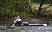 Cambridge, USA, Lightweight women's Single, LW1X, Amber CUTHBERTSON.  moves down the course approacing the cambridge BC and Elliott Bridge, during the  2009 Head of the Charles  Sunday  18/10/2009  [Mandatory Credit Peter Spurrier Intersport Images],.