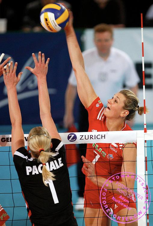 HALLE 16/01/2008.EUROPEAN VOLLEYBALL WOMEN'S OLIMPIC QUALIFICATION.POLAND _ GERMANY.MALGORZATA GLINKA /POL/.FOT. PIOTR HAWALEJ / WROFOTO