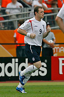 Photo: Glyn Thomas.<br />England v Trinidad & Tobago. Group B, FIFA World Cup 2006. 15/06/2006.<br /> England's Wayne Rooney comes on as a substitute.