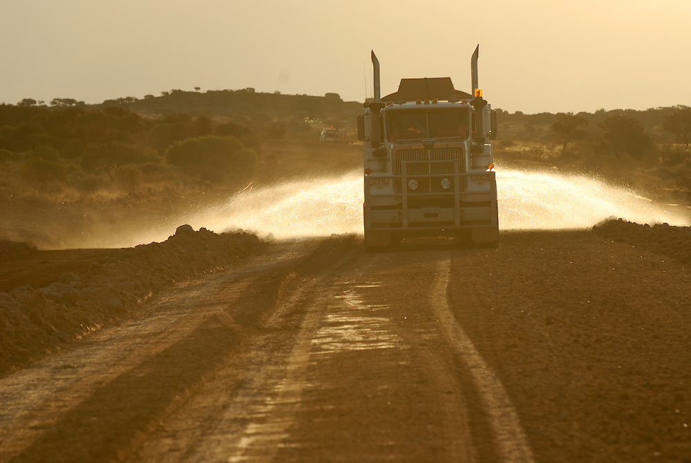 Laverton Road Crew The Gateway To Alice Springs Western Australian Goldfields