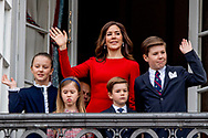 16-4-2018 COPENHAGEN - Queen Margrethe,, Crownprince Frederik, Crownprincess Mary, Prince Christian, Princess Josephine of Denmark, Princess Isabella of Denmark, Prince Vincent of Denmark, Prince Christian of Denmark, Prince Nikolai of Denmark, Prince Felix of Denmark, Princess Athena of Denmark Princess Isabella, Prince Joachim, Princess Marie, Prince Nikolai, Prince Felix and Prince Henrik jr celebrate the 78th Birthday of Queen Margrethe and wave to the danish people at the balcony of Amalienborg Palace in Copenhagen, 16 April 2018. COPYRIGHT ROBIN UTRECHT<br /> 16-4-2018 KOPENHAGEN - Koningin Margrethe,, kroonprins Frederik, Kroonprinses Mary, prins Christian, prinses Isabella, prins Joachim, Prinses Marie, Prins Nikolai, Prins Felix en prins Henrik jr viert de 78ste verjaardag van koningin Margrethe en zwaaien naar de deense mensen op het balkon van Paleis Amalienborg in Kopenhagen, 16 april 2016. COPYRIGHT ROBIN UTRECHT
