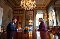 Nederland, Den Haag, 20 maart 2017 -  <br /> Verkenner Edith Schippers ontvangt maandag de fractievoorzitters in de Tweede Kamer. <br /> VVD leider Mark Rutte op gesprek bij verkenner Edith Schippers in de Stadhouderskamer.  Foto; Phil Nijhuis