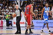 DESCRIZIONE : Campionato 2014/15 Dinamo Banco di Sardegna Sassari - Olimpia EA7 Emporio Armani Milano Playoff Semifinale Gara3<br /> GIOCATORE : Paolo Taurino Samardo Samuels<br /> CATEGORIA : Ritratto Delusione Fair Play Arbitro Referee<br /> SQUADRA : Olimpia EA7 Emporio Armani Milano<br /> EVENTO : LegaBasket Serie A Beko 2014/2015 Playoff Semifinale Gara3<br /> GARA : Dinamo Banco di Sardegna Sassari - Olimpia EA7 Emporio Armani Milano Gara4<br /> DATA : 02/06/2015<br /> SPORT : Pallacanestro <br /> AUTORE : Agenzia Ciamillo-Castoria/L.Canu