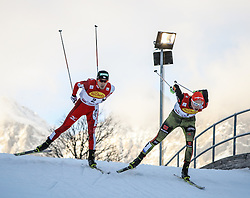 19.12.2015, Nordische Arena, Ramsau, AUT, FIS Weltcup Nordische Kombination, Langlauf, im Bild v. l: Akito Watabe (GER) und Eric Frenzel (GER) // Akito Watabe of Japan and Eric Fenzel of Germany during Cross Country Competition of FIS Nordic Combined World Cup, at the Nordic Arena in Ramsau, Austria on 2015/12/19. EXPA Pictures © 2015, PhotoCredit: EXPA/ Martin Huber