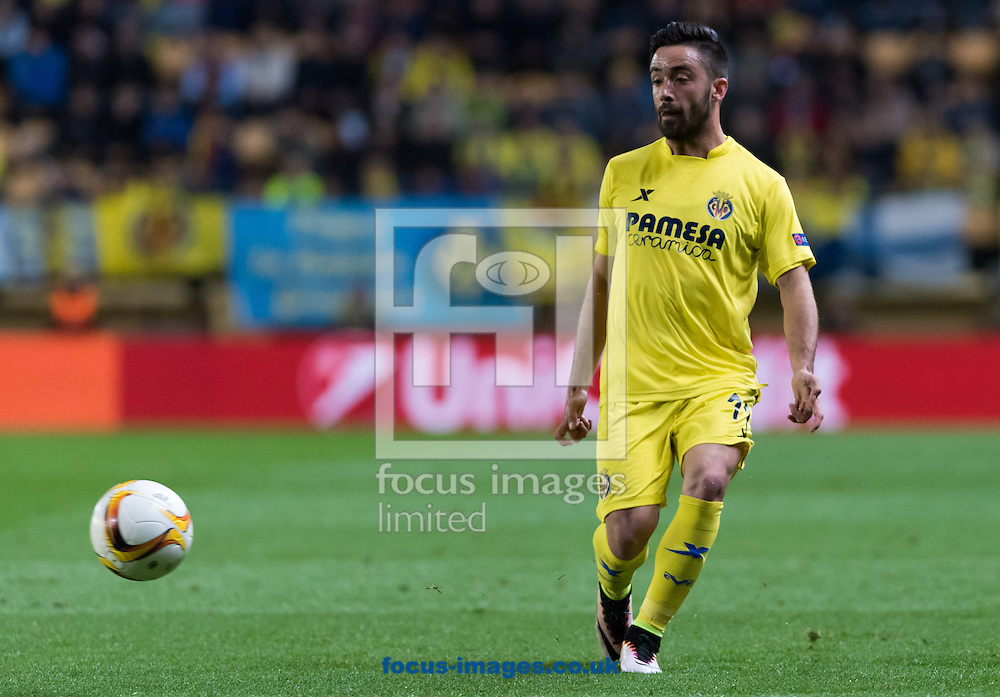 Jaume Costa of Villarreal CF during the UEFA Europa League quarter final match at Estadio El Madrigal, Villarreal<br /> Picture by Maria Jose Segovia/Focus Images Ltd +34 660052291<br /> 07/04/2016