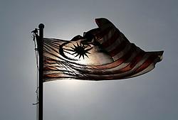 FORMEL 1: Sepang, 01.04.2010<br /> Illustration, Malayische Flagge, Nationalflagge, <br /> © pixathlon